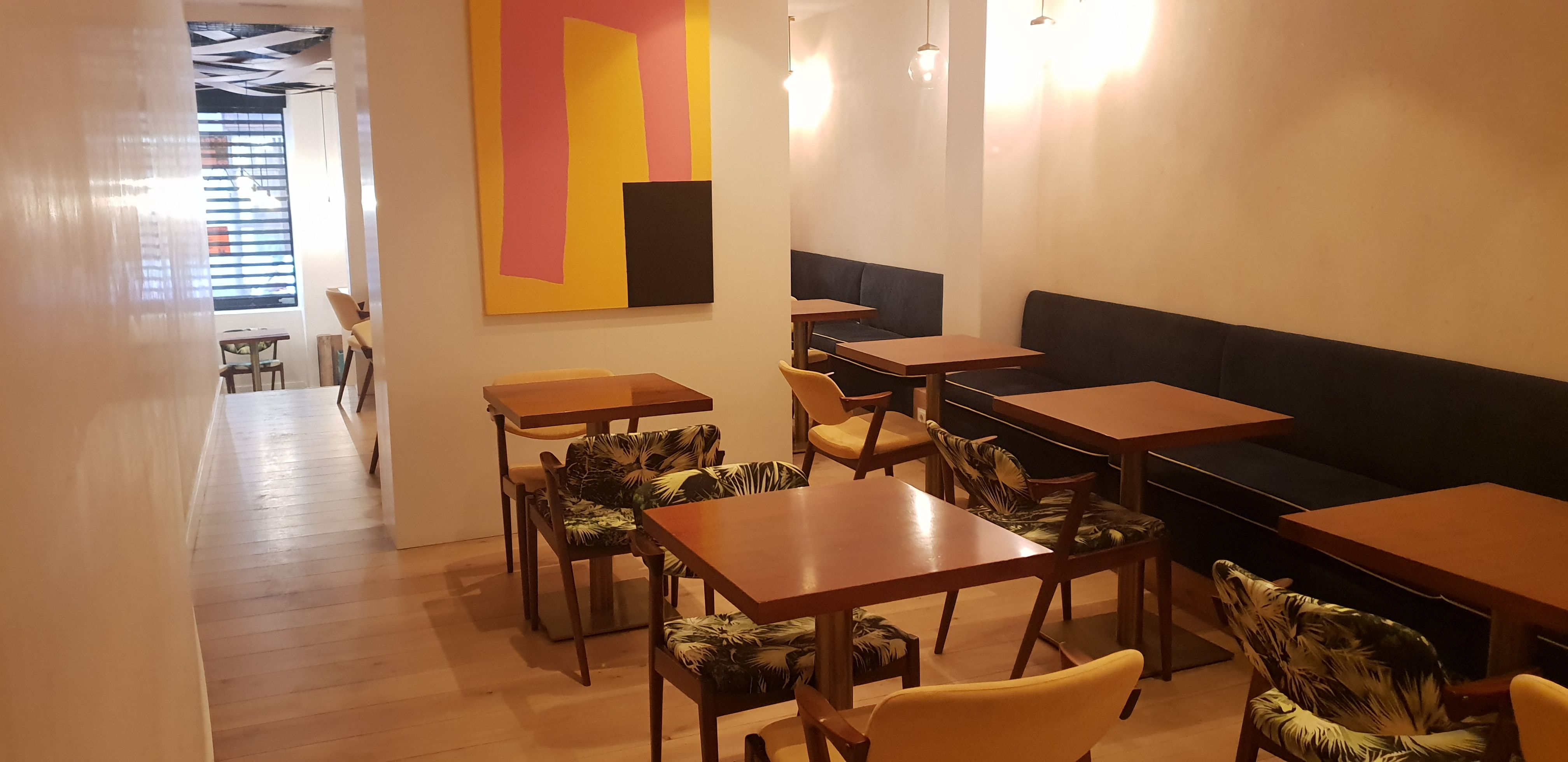 (Español) Malasaña – Se traspasa Restaurante de 130 m2