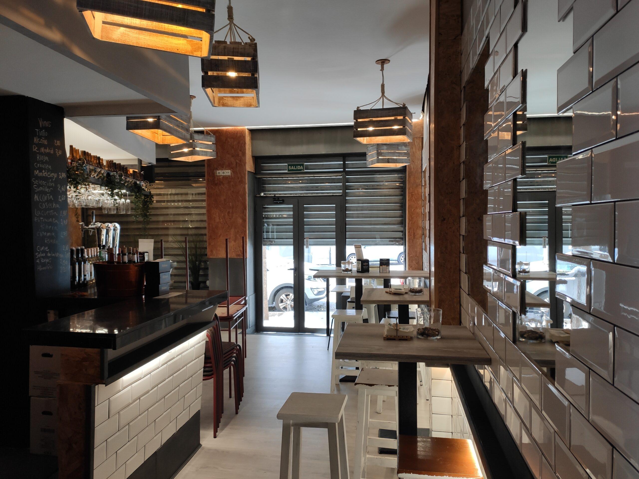 Tetuán – Se Traspasa Bar de 120m
