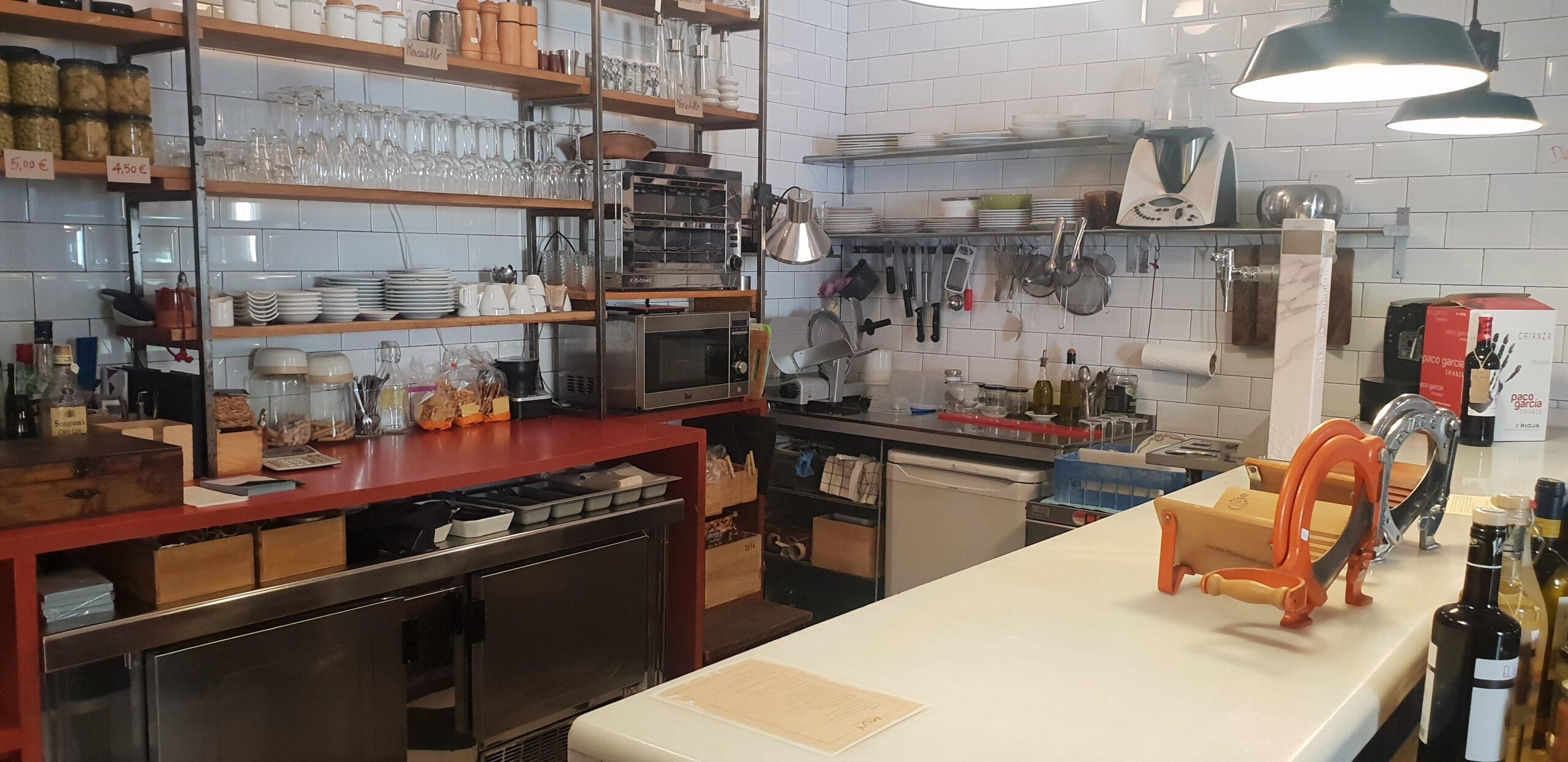Zona Conde Duque – Se traspasa Bar Cafetería de 40m2