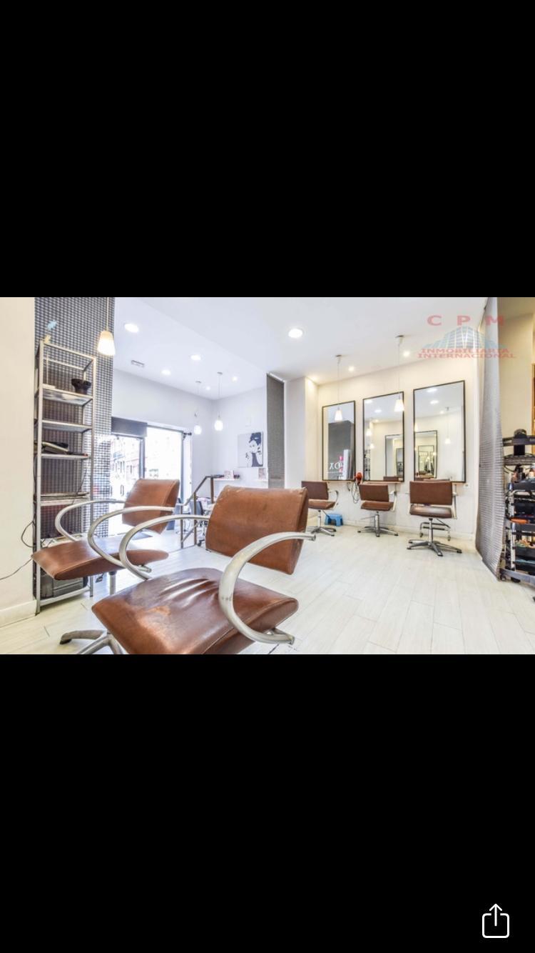 Zona Chamberí – Se traspasa peluquería de 89 m2