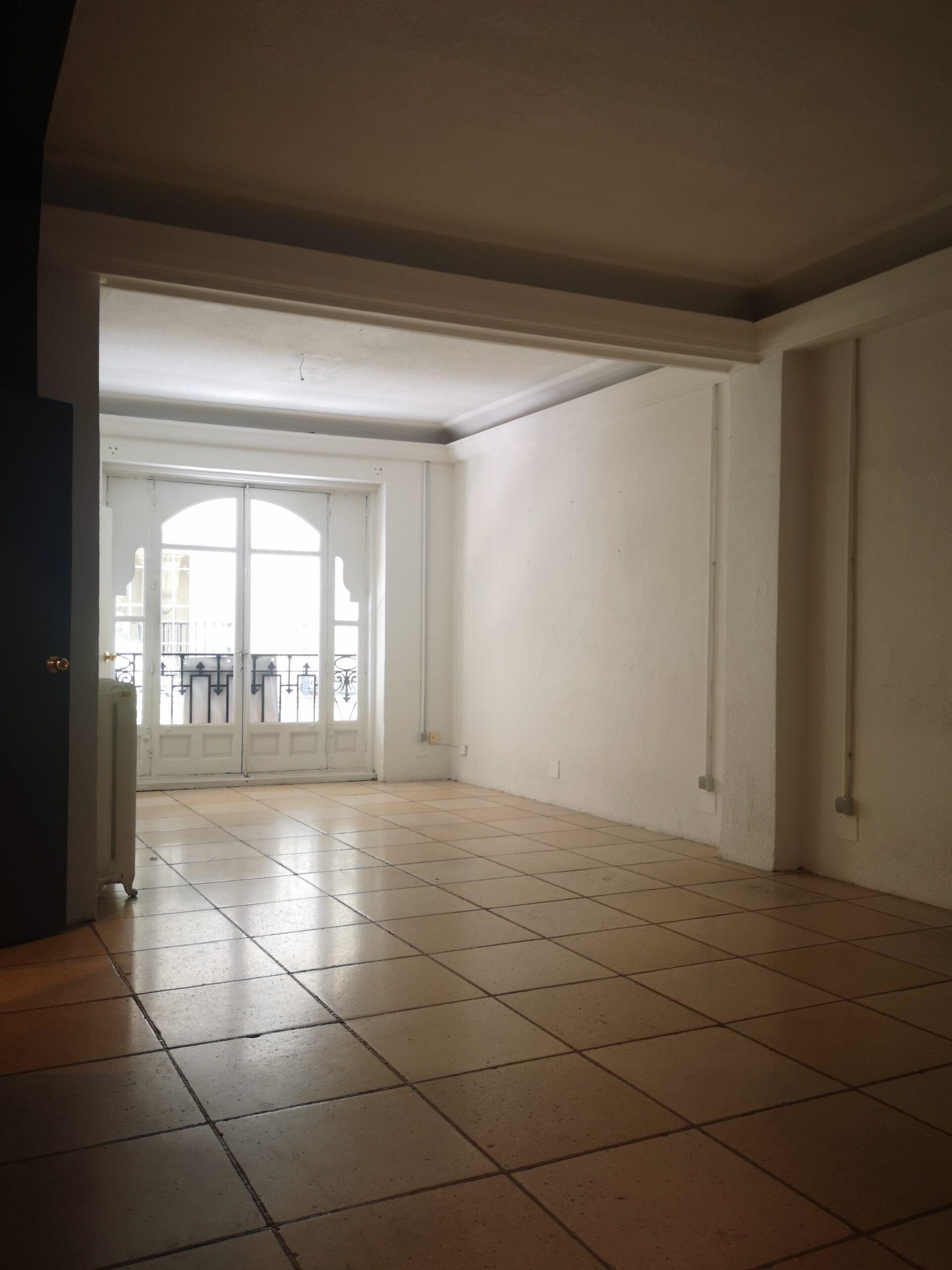 Chueca – Se alquila piso de 150 m2